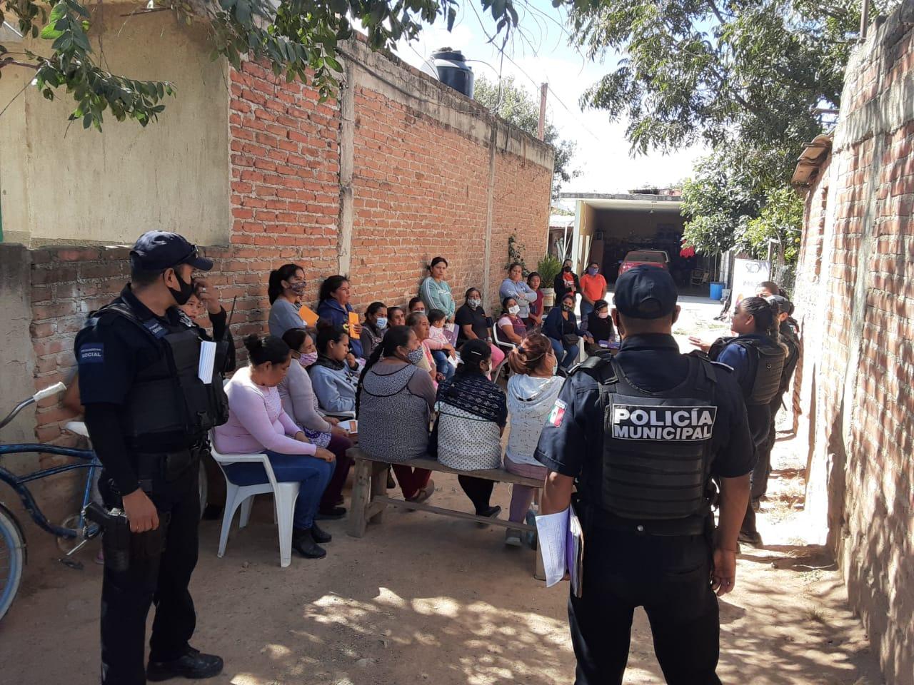 Socializan la función de la Unidad Policial de Género