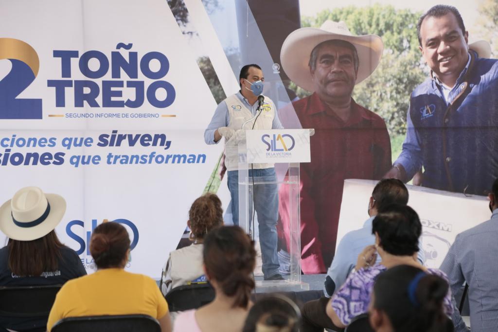 Toño Trejo supervisa avance de obras en colonias y comunidades