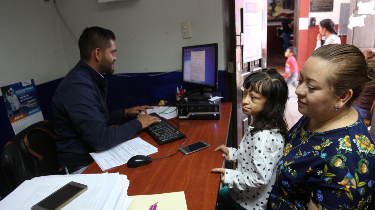 Dan otro día para recepción de documentos para becas por discapacidad