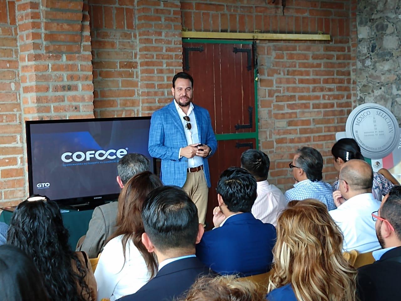 50 empresarios asisten a conferencias sobre la industria 4.0