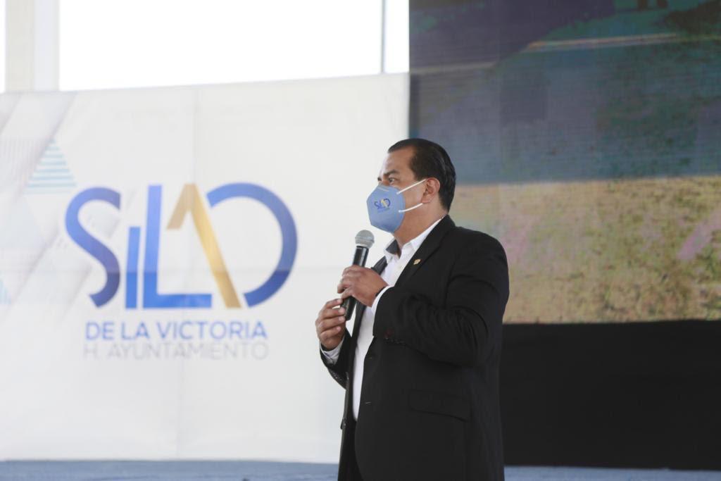 Presenta a comisariados y representantes municipales proyectos sustentables para el campo
