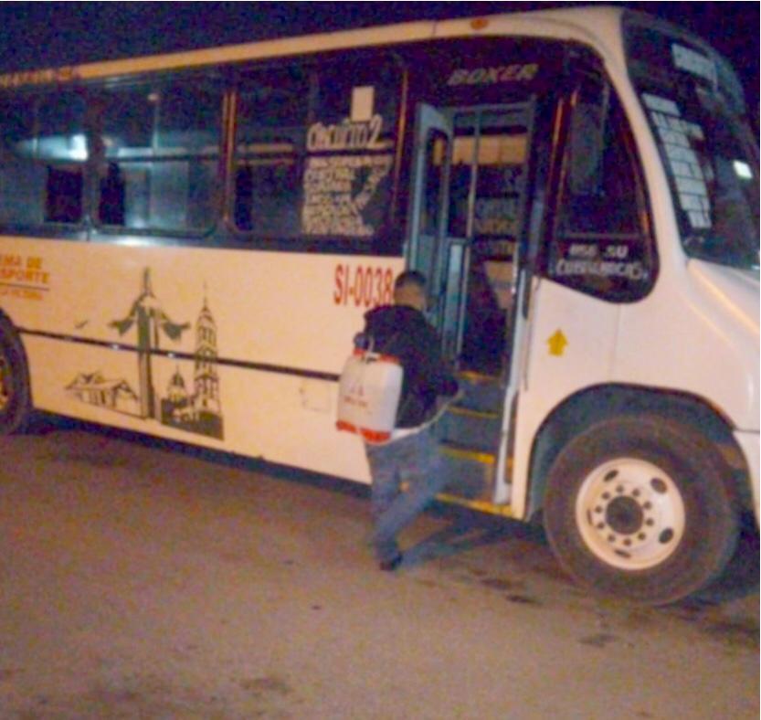 Unidades de transporte operan bajo protocolos sanitarios