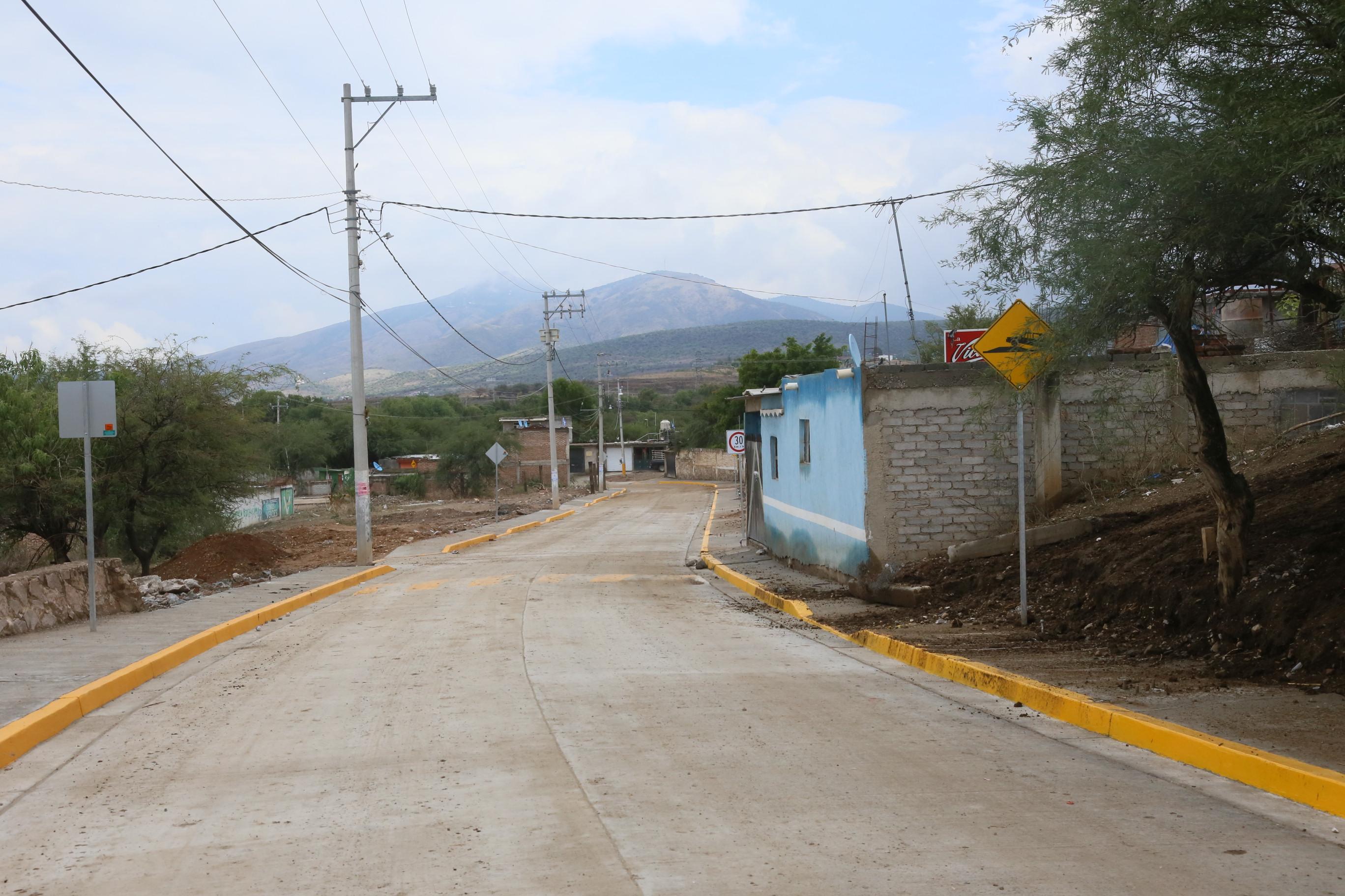 Los Rodríguez, ya cuentan con el acceso principal pavimentado