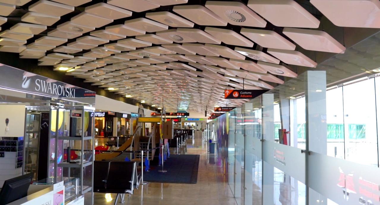 Refuerzan medidas sanitarias en Aeropuerto Internacional de Guanajuato
