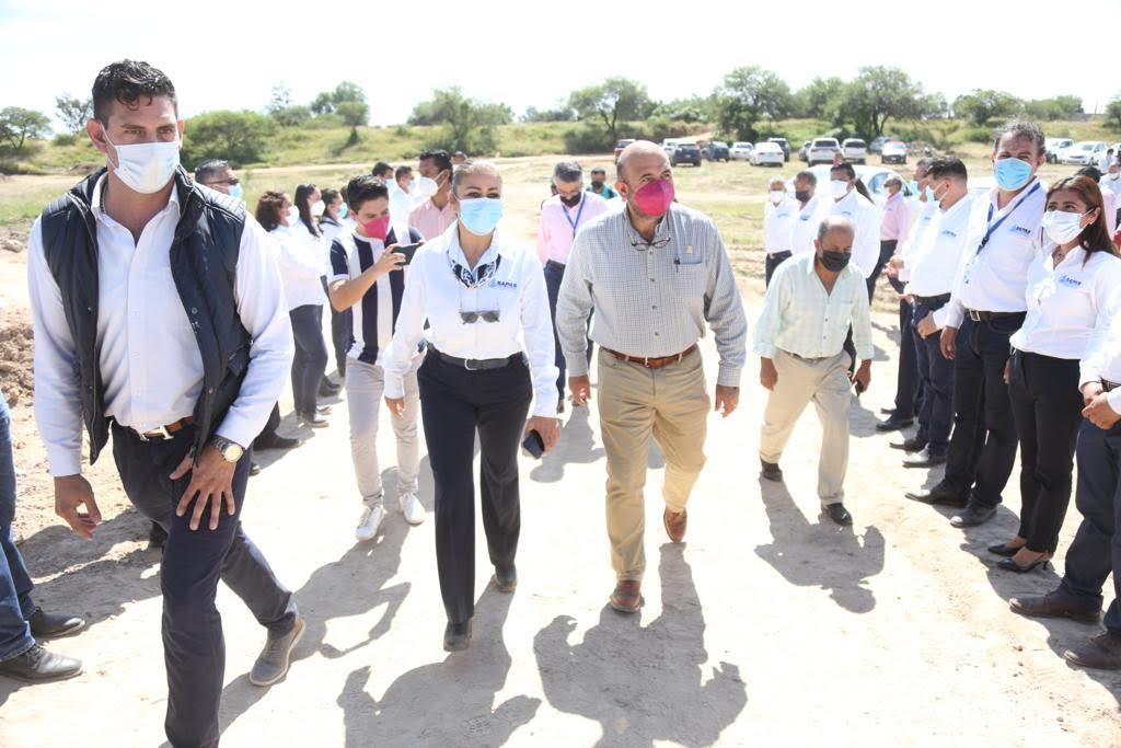 Realiza Carlos García recorrido en planta tratadora de agua
