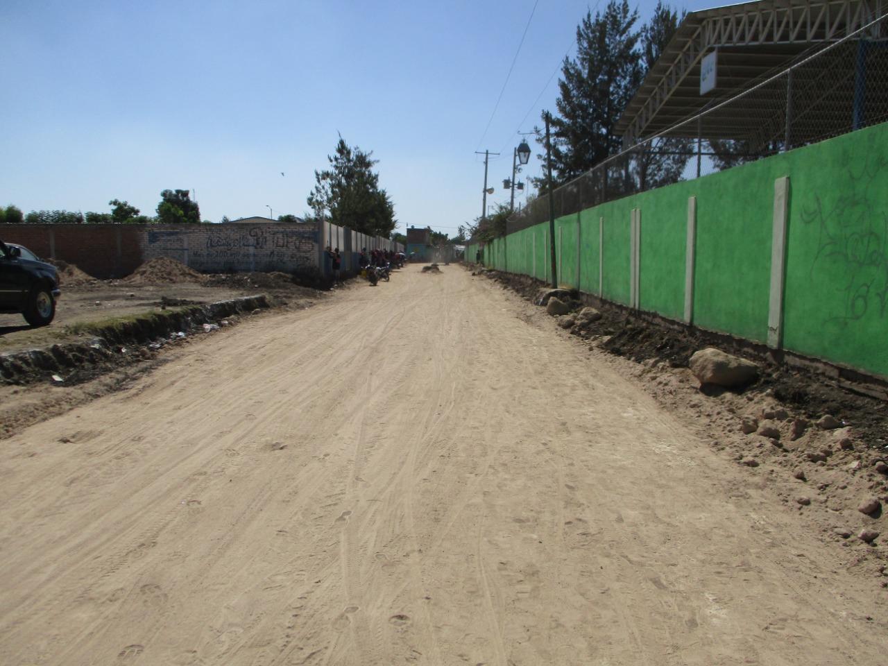 Presidencia Municipal pavimenta caminos de San Diego el Grande.