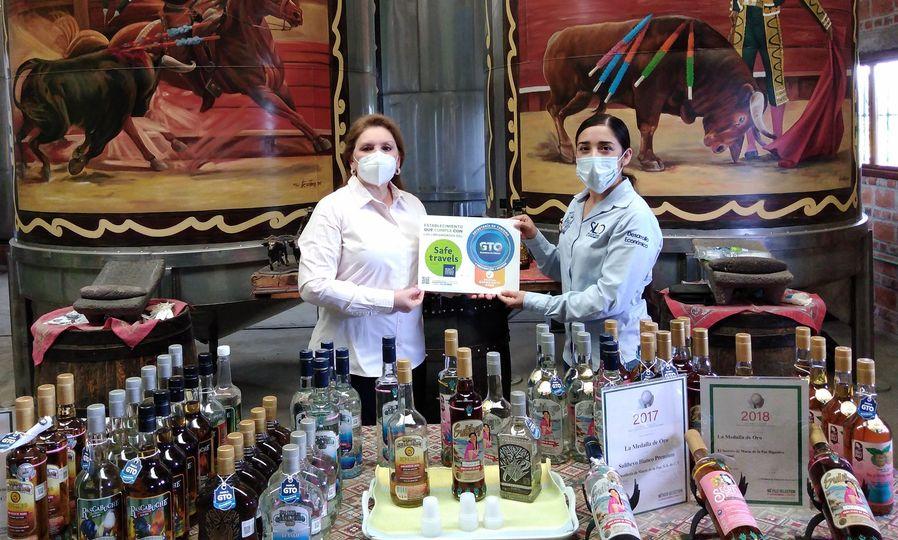 El departamento de Turismo invita a conocer la elaboración de destilados 100% puros de agave