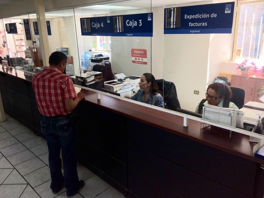 Presidencia municipal apoya la economía familiar con el descuento en recargos del predial.