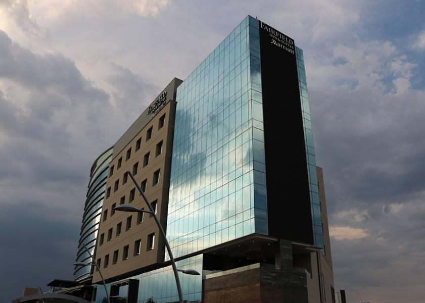 Fomento Económico fortalece lazos con sector hotelero