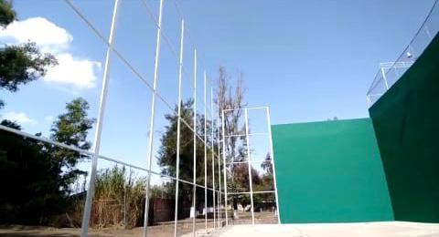 Rehabilitan canchas de frontón en la Unidad Deportiva