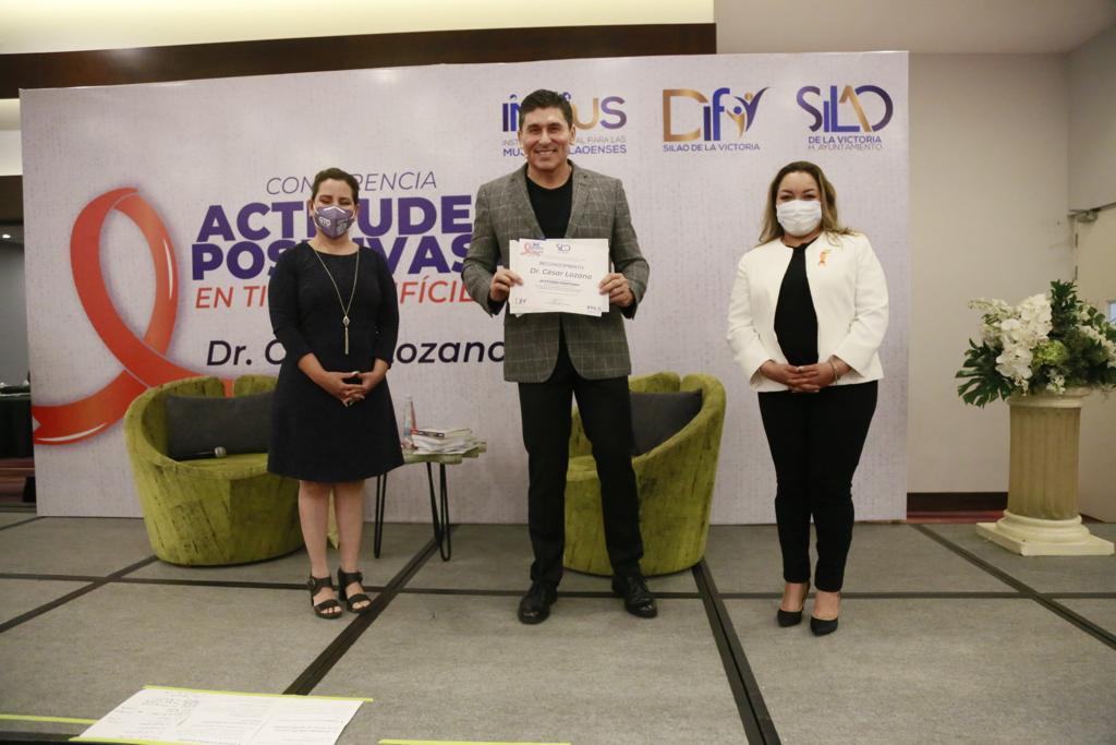 DIF e IMMUS presenta al conferencista al Dr. César Lozano