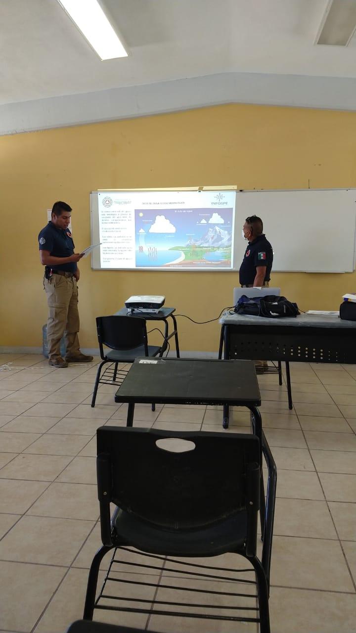 Se capacitan elementos de Protección Civil en prevención de incendios forestales y otros temas
